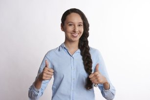 Lady with thumbs up