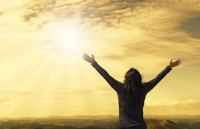Lady praises God