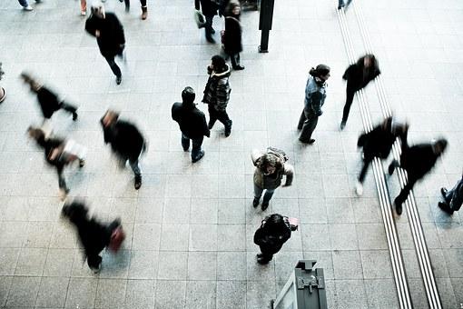 Pedestrians rush hour