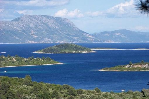 Island cove bay