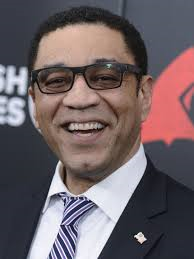 Harry Lennix himself